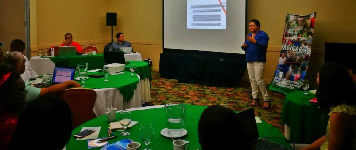 """Intercambio de experiencias Sur – Sur bajo el proyecto """"Capacidades en REDD+  en América Latina y El Caribe."""""""
