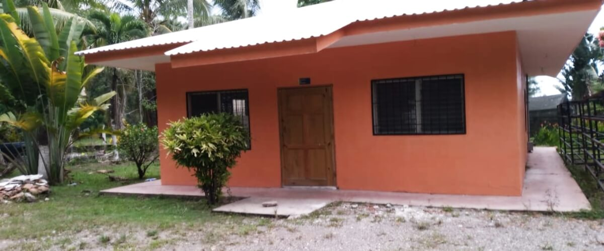 Rehabilitación del Banco Fitogenético de Semillas en el CURLA, una realidad, gracias a los fondos provenientes del Programa Agrobiodiversidad Indígena y Campesina en Centroamérica
