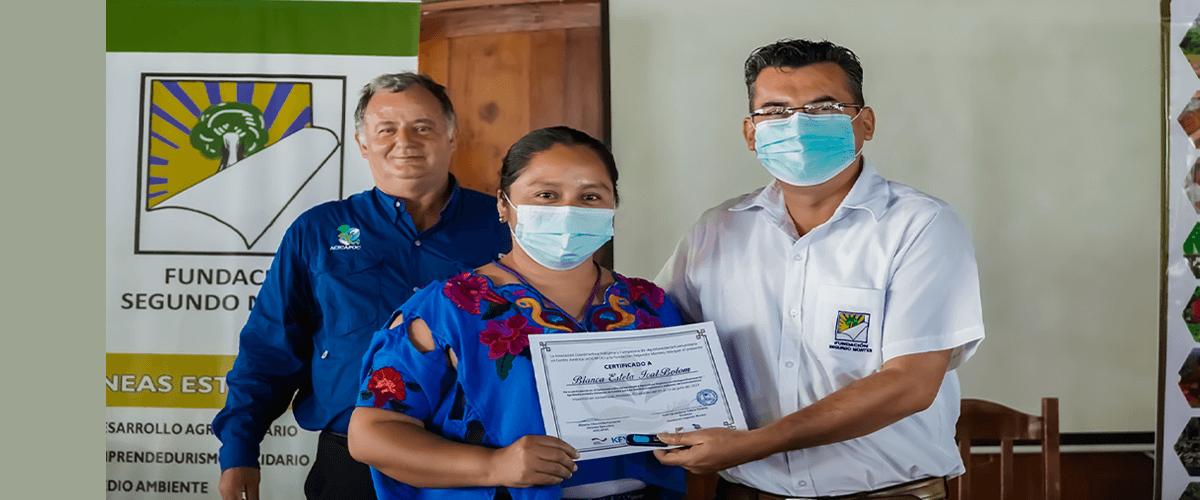 Con éxito finalizó el primer diplomado sobre agroecología y agricultura orgánica con enfoque empresarial en Jocoaitique, Morazán, El Salvador