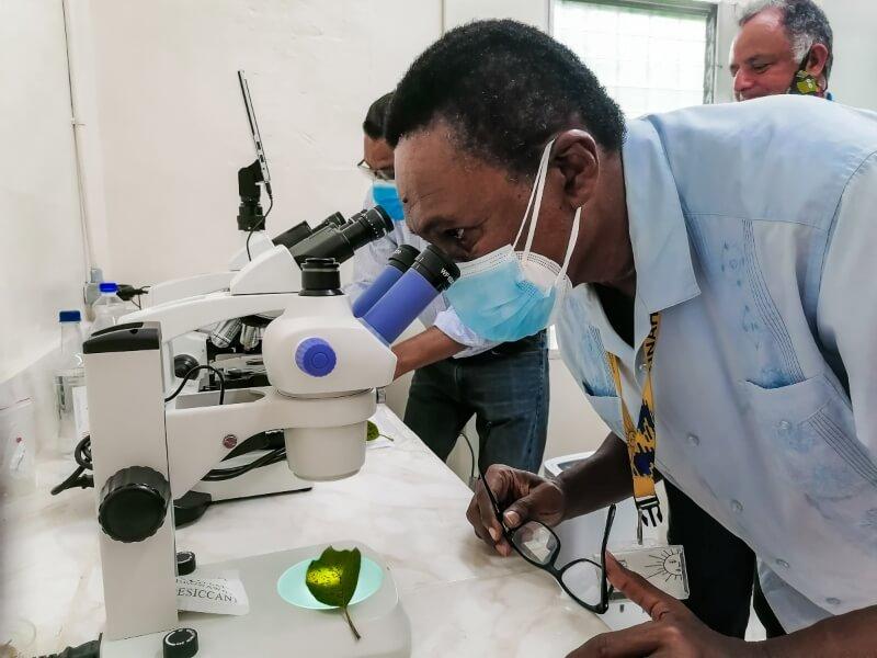 Equipos especializados, para el Banco Fitogenético de Semillas